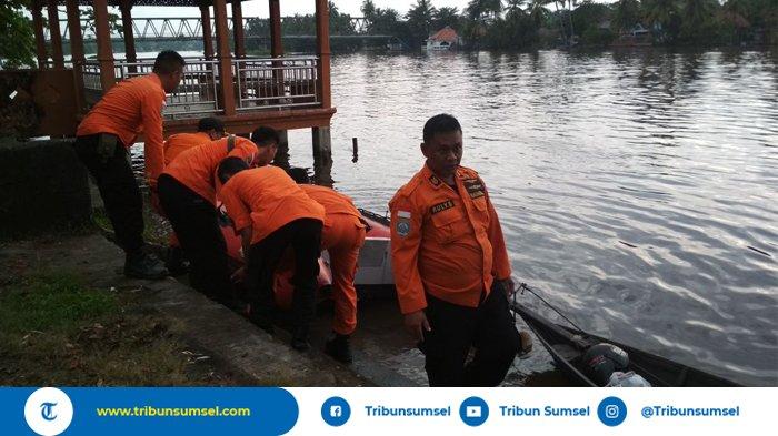 Gadis Terseret Arus Sungai Komering, Korban Belum Ditemukan Basarnas Masih Lakukan Pencarian