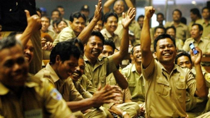 Pemerintahan Jokowi Berikan Pulsa Rp 200.000 Perbulan Bagi Seluruh PNS, Mulai Berlaku Tahun Depan