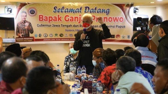 Warga Jawa-Madura yang Merantau ke Papua Semringah Bertemu Ganjar Pranowo
