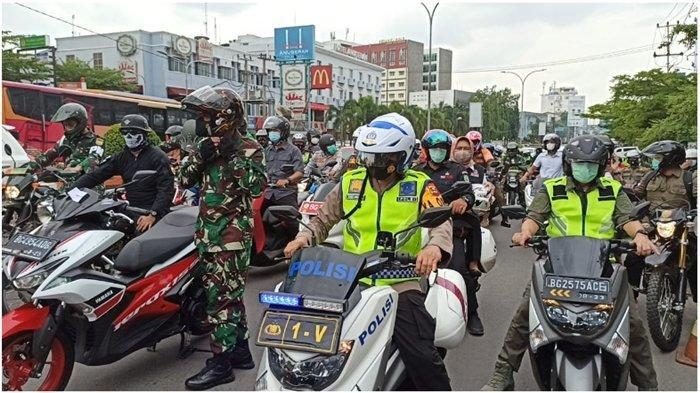 Cek Misa Natal 2020 di Palembang, Gubernur Sumsel Herman Deru dan 2 Pejabat Lebih Suka Naik Motor