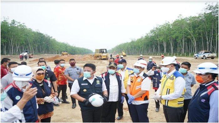 Gubernur Sumsel Lakukan Groundbreaking Tol Segmen Palembang-Betung Sepanjang 69,19 Km