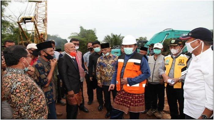 Tinjau Pembangunan Jembatan Air Kumbang Banyuasin, Gubernur Sumsel Komitmen Tingkatkan Infrastruktur
