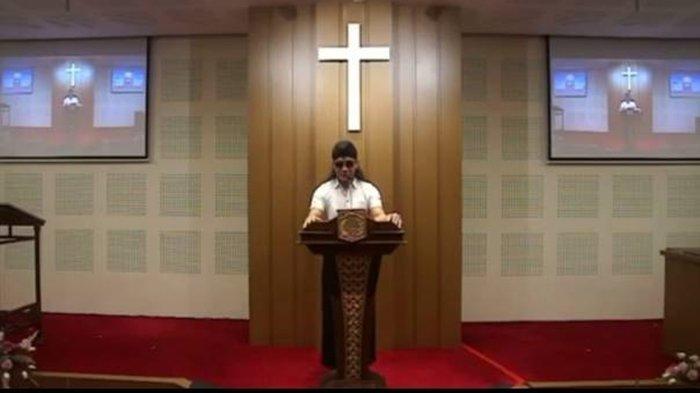 Gus Miftah Saat Ceramah di Gereja