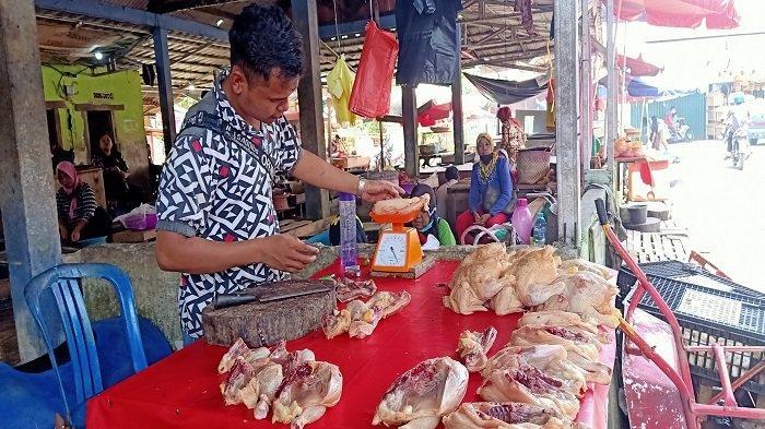Harga Ayam Meroket di Kayuagung Tapi Penjualan Meningkat 2 Kali Lipat