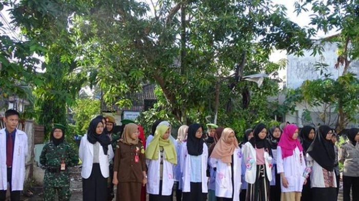 Hari Guru Nasional, Siswa SMK di Palembang Lakukan ini yang Bikin Gurunya Terharu