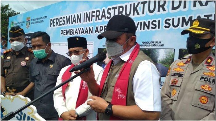 Gubernur Sumsel Herman Deru Bisik-bisik ke Bupati Devi: Nanti Muratara Saya Kasih Rp 100 Miliar