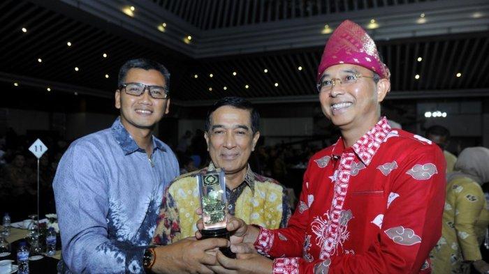 Pemprov Sumsel Raih Penghargaan IGA 2017 Karena Dinilai Paling Inovatif