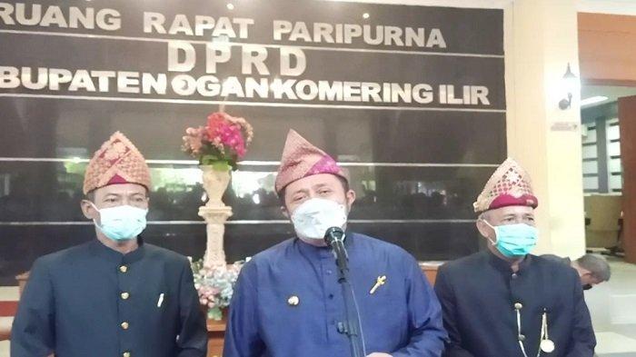 Hadir HUT OKI ke-76 Tahun, Gubernur Sumsel Beri Bantuan Pembangunan Jalan Lorong