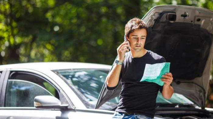 Jawaban Kenapa Asuransi Mobil Pribadi Gugur Jika Digunakan untuk Taksi Online