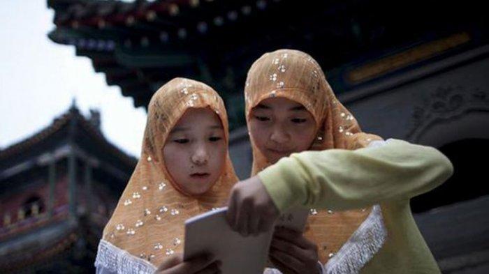 Inggris Kecam China Soal Pelecehan, Penyiksaan, dan Sterilisasi Paksa Wanita Muslim Uighur