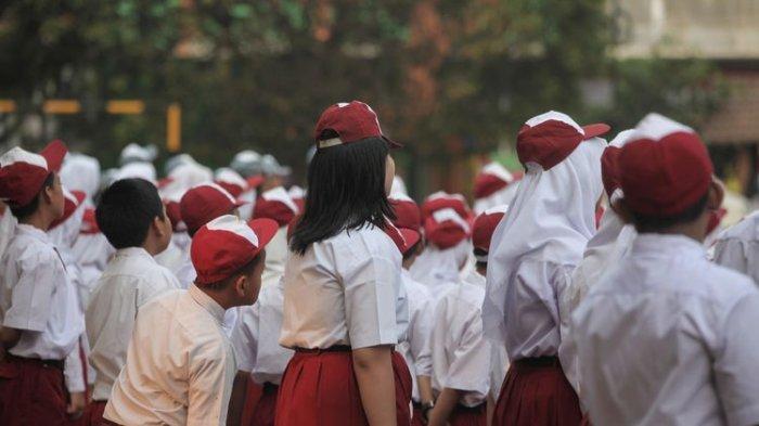 MA Batalkan SKB 3 Menteri tentang Seragam Sekolah,  Undang-Undang Ini yang Dilanggar