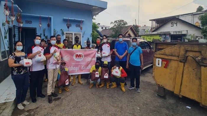 IMA Chapter Palembang Berbagi Kasih ke Panti Lansia dan Pasukan Kuning