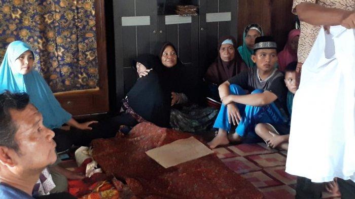 Penembakan Prabumulih, Istri Zainal: Pak Kenapa Cepat Tinggalkan Kami