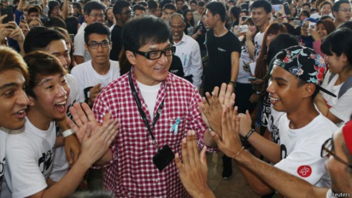 Bikin Geger! Jackie Chan Dikabarkan Terinfeksi Dengan Virus Corona, Terkuak Fakta Sebenarnya