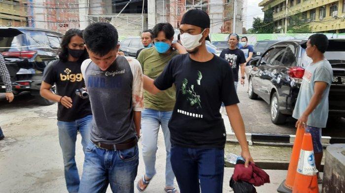 Melihat Pencuri di Palembang Menangis Sesenggukan Saat Dibawa Jatanras Polda Sumsel