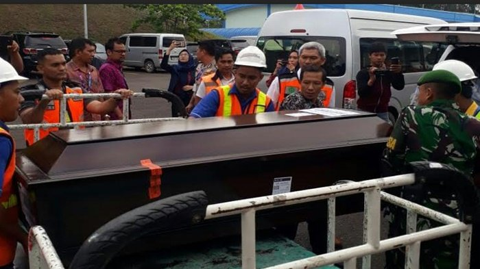 Anang Lega Anaknya Chandra Kirana Korban Lion Air Ditemukan, Berharap Menantunya Segera Ditemukan