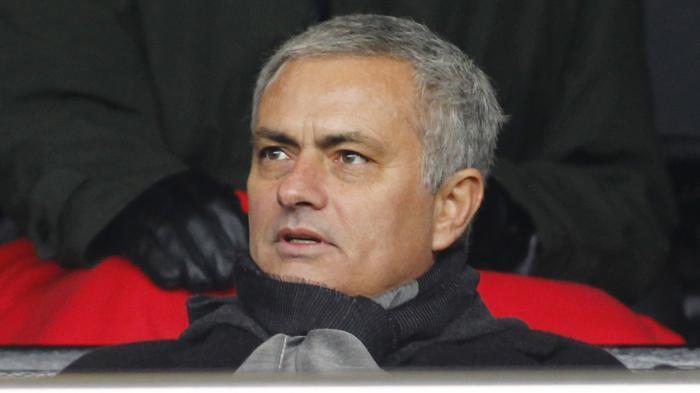 Manchester United Menang Tipis, Mourinho Kurang Puas