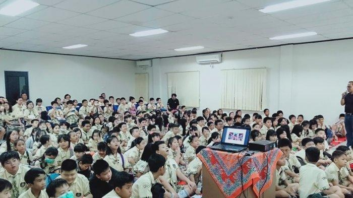 Serunya Ratusan Murid SDK Frater Xaverius 2 Palembang Belajar Jurnalistik di Sripo-Tribun