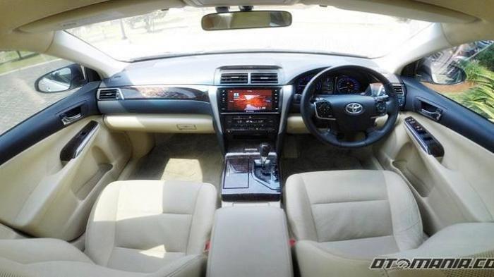 Harga Mobil Toyota Camry Bekas di Bawah Rp 100 Juta, Mobkas 3 Sedan Mewah yang Paling Laris Dibeli