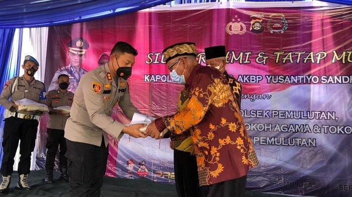 Kapolres Ogan Ilir Jalin Silaturahim Tatap Muka dengan Masyarakat di Wilayah Hukum Polsek Pemulutan
