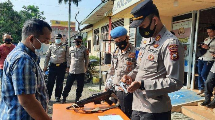 Senjata Api Anggota Mulai Diperiksa, Persiapan Polsek Indralaya Antisipasi Kejahatan di Jalinsum