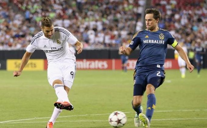 Status Super-Sub, Benzema Bawa Madrid Ungguli LA Galaxy