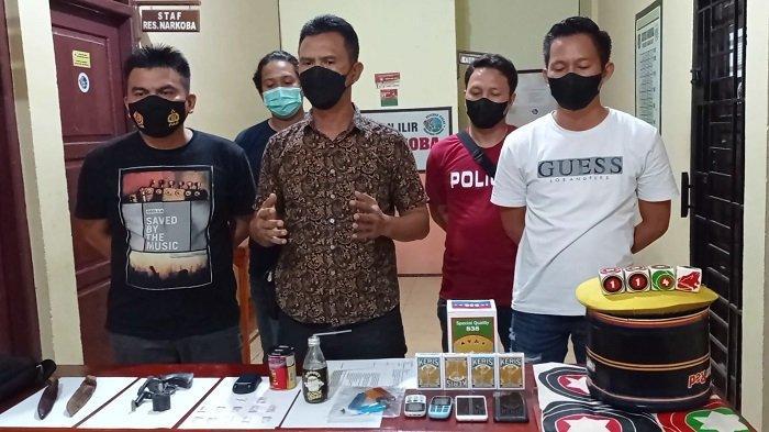 Susuri Perkebunan Sejauh 5 Kilometer, Polisi Obrak-abrik Kampung Narkoba di Indralaya