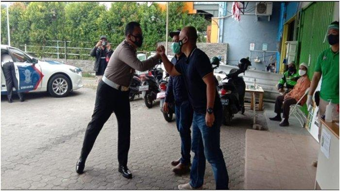 Kepala Satuan Lalu Lintas (Kasatlantas) Kepolisian Resort Kota Besar Palembang, Kompol Muhammad Yakin Rusdi, SIk kunjungi Kantor Gojek Palembang.