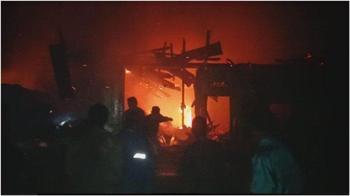 Desa Lawang Agung Mulak Ulu Lahat  Hening Mendadak Mencekam, 3 Rumah Terbakar Rabu Malam