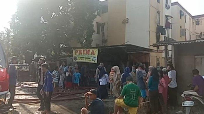 BREAKING NEWS : Kebakaran di Rumah Susun (Rusun) 26 Ilir Palembang, Warga Heboh Lihat Kepulan Asap