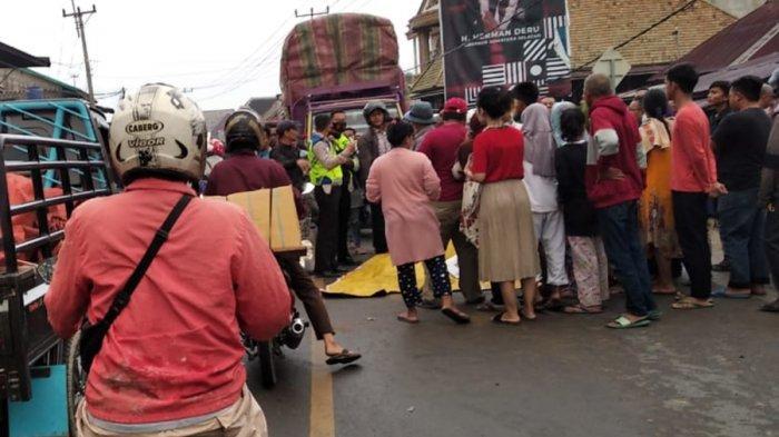 Kronologi Kecelakaan Maut Tadi Pagi, Pengendara Motor Tewas Dilindas Truk di Depan Pasar Indralaya