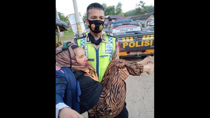 Kecelakaan di Lintas Indralaya-Prabumulih, Pengendara Motor Hantam Mobil Parkir