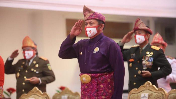 Beri Penghormatan atas Jasa Pahlawan, Gubernur Herman Deru Menghadiri Apel Renungan Suci