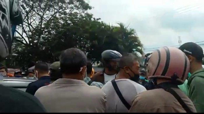 Ketegangan Debt Collector dan Pemilik Mobil di Dekat Pasar Sekip Palembang, Ini Kata Polisi