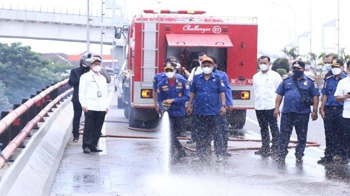 Sekda Palembang Cek Tumpahan Pasir Kerikil di Flyover Simpang Polda Sumsel