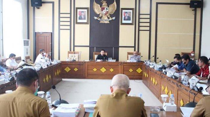 Ketua DPRD OI Suharto Pimpin Rapat Pembahasan KUA-PPAS APBD Perubahan 2021