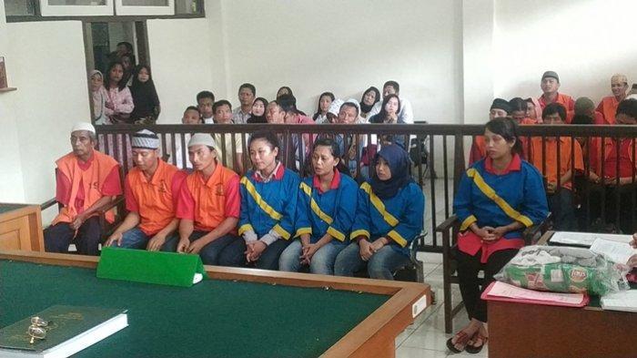 Komplotan Pencuri Emas yang Beraksi di Pasar 16 Ilir Palembang Disidang, Satu Terdakwa Sedang Hamil