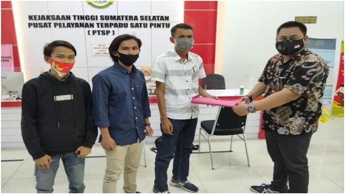 Demo Pemuda Muratara Berlanjut ke Kejati dan Polda Sumsel, Lapor 10 Indikasi Korupsi