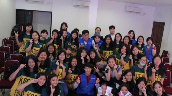 Korean Club Ekstrakurikuler Unik SMA Methodist 2 Palembang, Guru dan Aksesori Langsung dari Korsel