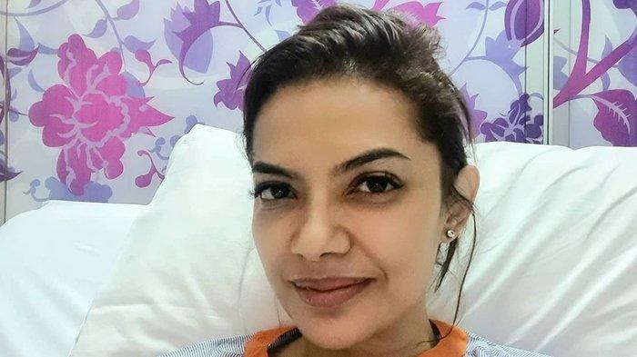 Meski Terbaring di Rumah Sakit Najwa Shihab Tetap Lantang Mengkritik 264 Anggota DPR Yang Bolos