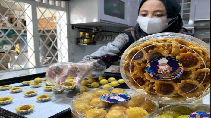 Nastar Jadi Favorit, Dekat Lebaran Dian Terima Pesanan Kue Kering Hampir 100 Toples