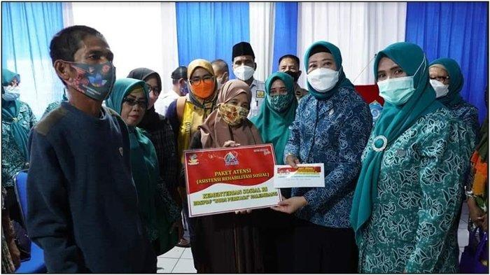 Gelar SPEM di SP Padang, TP PKK OKI Kampanyekan Protokol Kesehatan