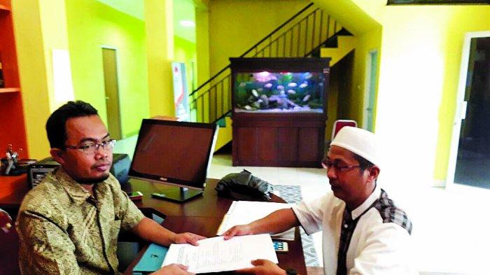 Brigjen Pol (Purn)HM Zulkarnain- H Samiri melaporkan KPU Kabupaten Lahat ke Bawaslu