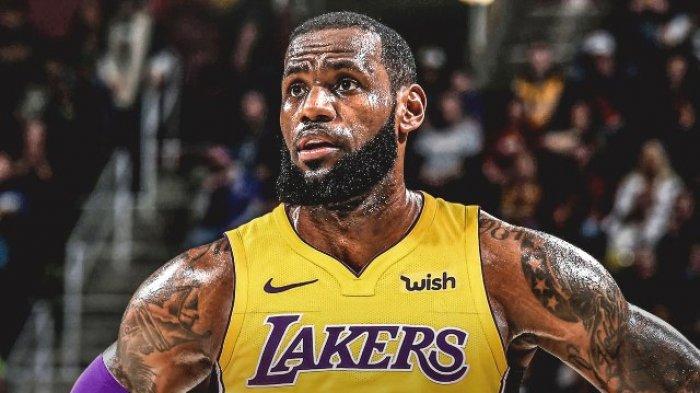 LeBron James Pencetak 3 Point Lakers Mengaku Melihat Ring Basket Ada Tiga Sebelum Lepas Tembakan