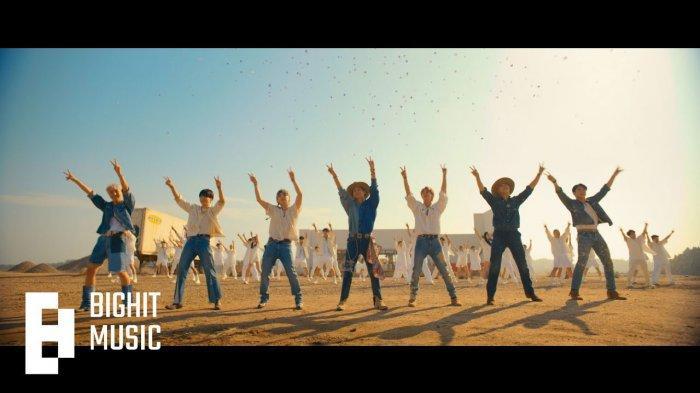 Lirik dan Terjemahan Lagu Permission to Dance BTS, Video Klipnya Trending 1 Youtube