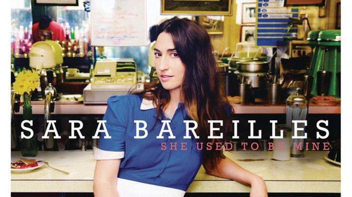 Lirik dan Terjemahan Lagu She Used To Be Mine Sara Bareilles, She Is Lonely Most of The Time