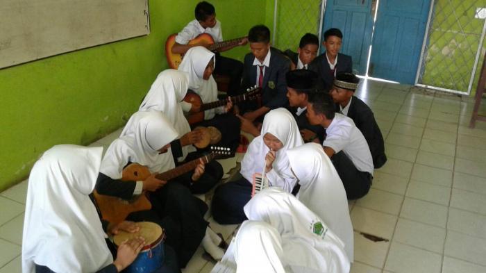 Siswa Madrasah Aliyah Negeri 1 Palembang Dituntut Lebih Kreatif dan Mandiri Dalam Belajar