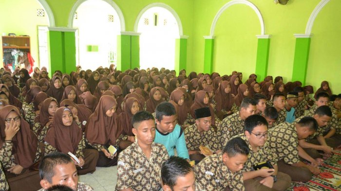Siswa MAN 1 Palembang Padati Launching Program Rumah Tahfidz