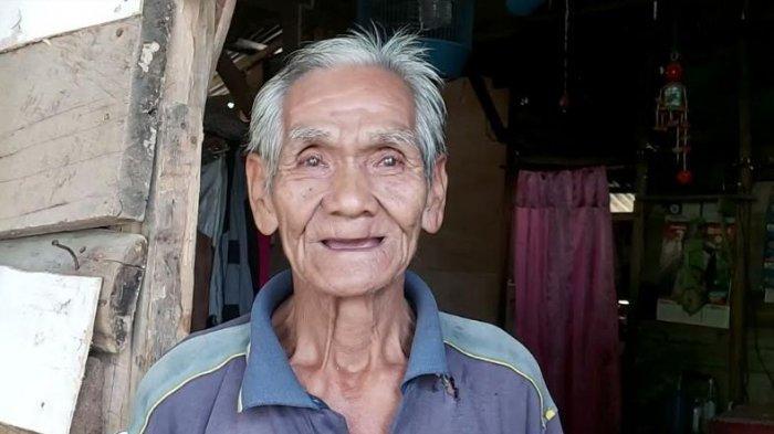 Belum Tersentuh Bantuan Pemerintah, Malik Bertahan Hidup dengan Mencari Barang Bekas
