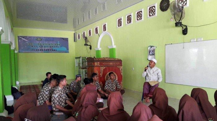 Agar Siswanya Cepat Jadi Penghafal Alquran, MAN 1 Palembang Tiru Pembelajaran Pondok Pesantren